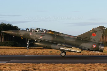 678 - France - Air Force Dassault Mirage 2000N