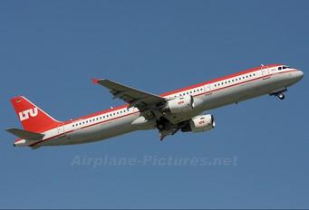 D-ALSD - LTU Airbus A321