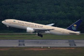 HZ-AKS - Saudi Arabian Airlines Boeing 777-200ER