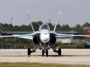 - - USA - Navy McDonnell Douglas F/A-18A Hornet