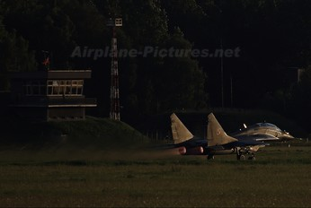 64 - Poland - Air Force Mikoyan-Gurevich MiG-29UB