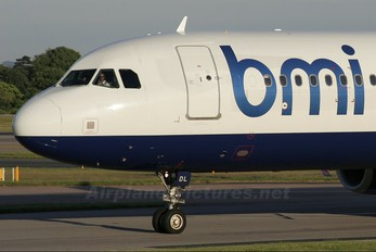 G-MEDL - BMI British Midland Airbus A321
