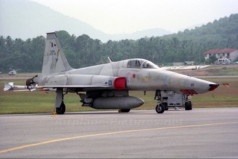 M29-20 - Malaysia - Air Force Northrop RF-5E Tigereye
