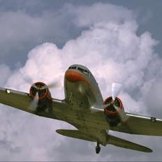 HA-LIX - Malev Sunflower Aviation (Gold Ttimer Foundation) Lisunov Li-2