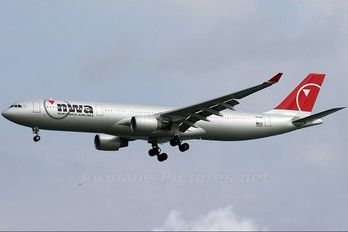 N821NW - Northwest Airlines Airbus A330-300