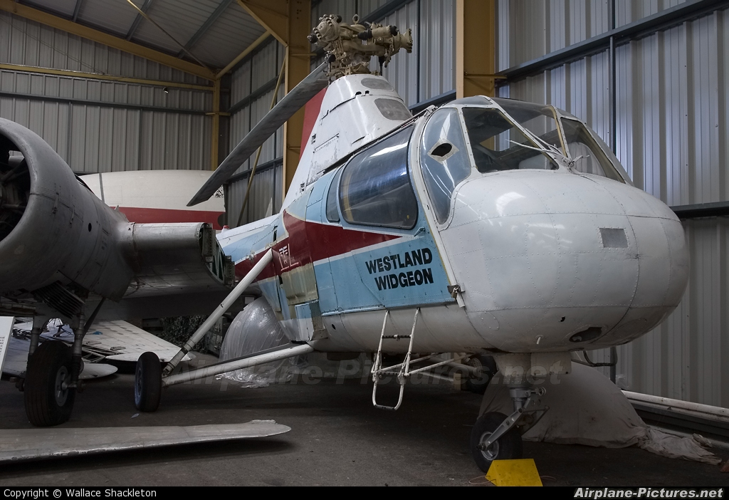 Private G-APTW aircraft at Sunderland