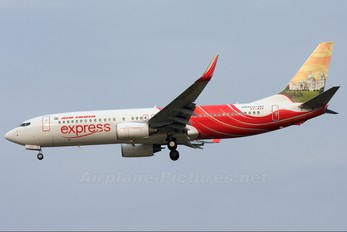 VT-AXV - Air India Express Boeing 737-800