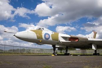 XL319 - Royal Air Force Avro 698 Vulcan B.2
