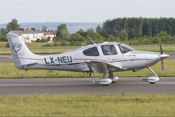 LX-NEU - Private Cirrus SR22