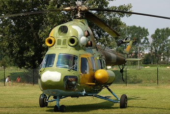 8219 - Poland - Air Force Mil Mi-2
