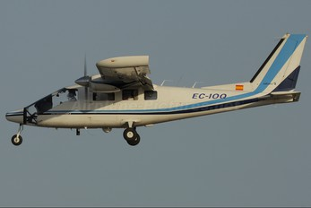 EC-IOQ - Private Partenavia P.68 Observer