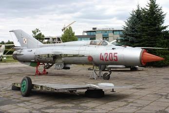 4205 - Poland - Air Force Mikoyan-Gurevich MiG-21PFM