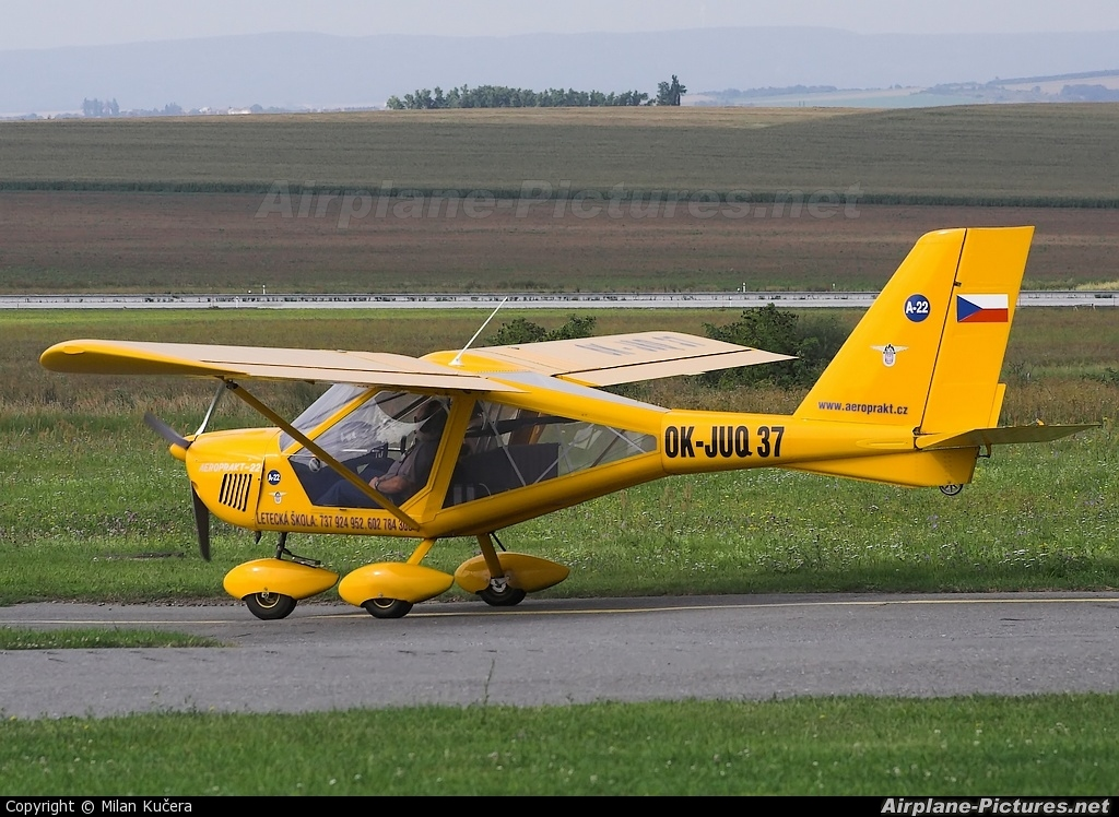Private OK-JUQ37 aircraft at Olomouc