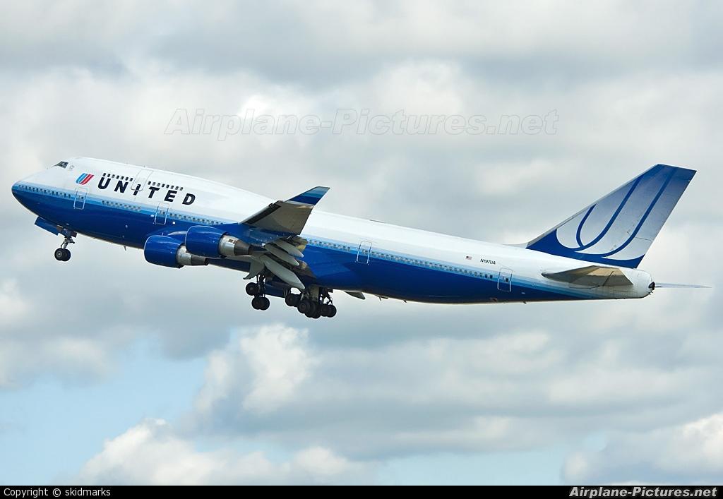 United Airlines N197UA aircraft at London - Heathrow