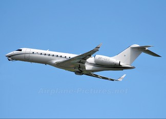 VP-CEB - Global Jet Luxembourg Bombardier BD-700 Global Express
