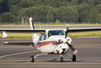LX-AHZ - Private Cessna 210 Centurion