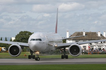 A6-EBV - Emirates Airlines Boeing 777-300ER