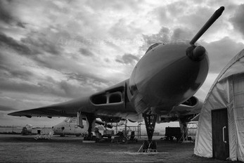 XM612 - Royal Air Force Avro 698 Vulcan B.2