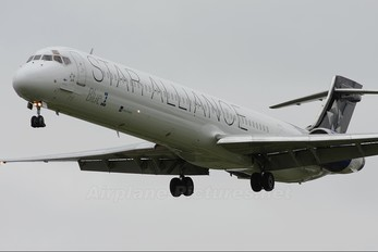 OH-BLF - Blue1 McDonnell Douglas MD-90