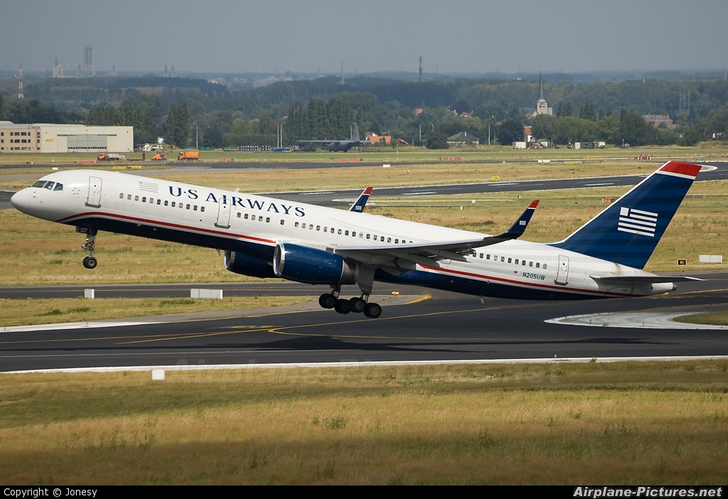 US Airways N205UW aircraft at Brussels - Zaventem