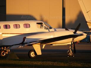 VH-SMO - Private Cessna 425 Conquest I