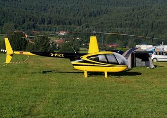 D-HIZZ - Private Robinson R44 Astro / Raven