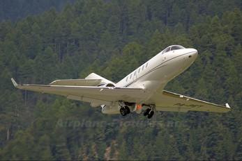 P4-PET - Private Hawker Beechcraft 900XP