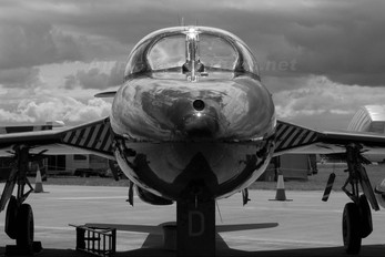 - - Private Hawker Hunter T.7