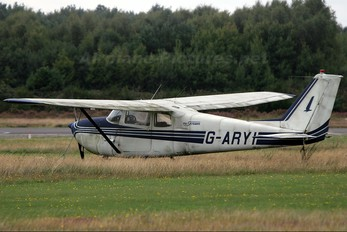 G-ARYI - Private Cessna 172 Skyhawk (all models except RG)