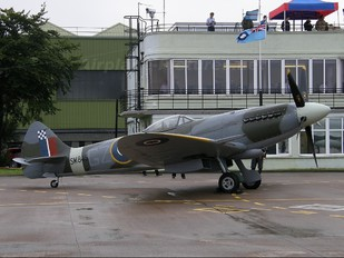 SM845 - Historic Flying Supermarine Spitfire FR.XVIIIe