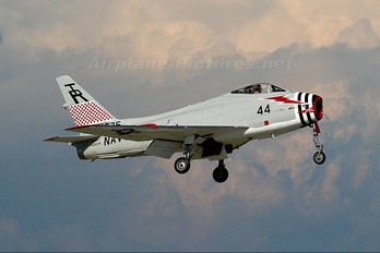 N400FS - Private North American FJ-4B Fury