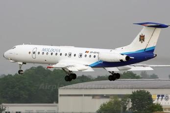 ER-65140 - Air Moldova Tupolev Tu-134A