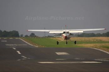 G-BOUJ - Private Cessna 150