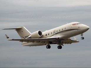N880ET - Private Canadair CL-600 Challenger 604