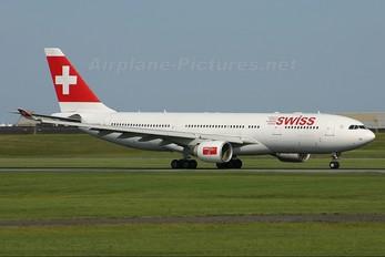HB-IQJ - Swiss Airbus A330-200