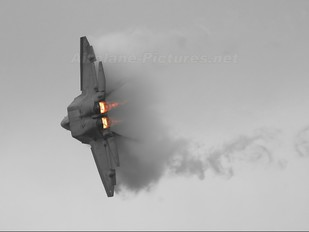 - - USA - Air Force Lockheed Martin F-22A Raptor