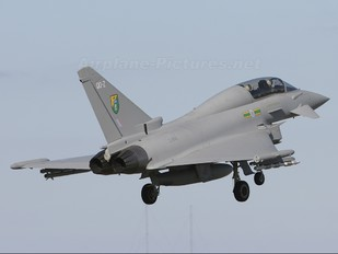 ZJ814 - Royal Air Force Eurofighter Typhoon T.1