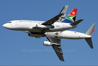 ZS-SIF - South African Cargo Boeing 737-200F
