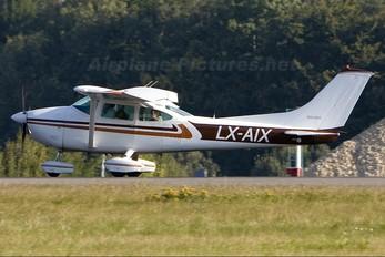 LX-AIX - Private Cessna 182 Skylane (all models except RG)