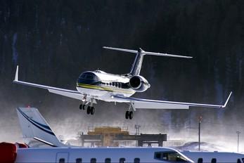 G-EVLN - Metropix Gulfstream Aerospace G-IV,  G-IV-SP, G-IV-X, G300, G350, G400, G450
