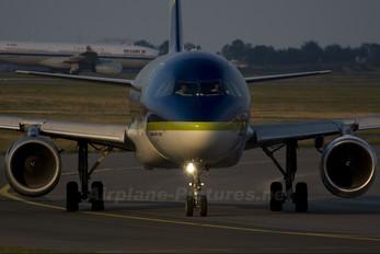 EC-KJG - Air Comet Airbus A320