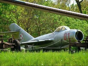 01 - Poland - Air Force PZL Lim-2