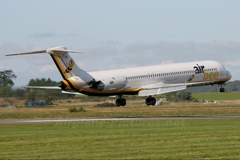 I-DAWW - AirBee McDonnell Douglas MD-82