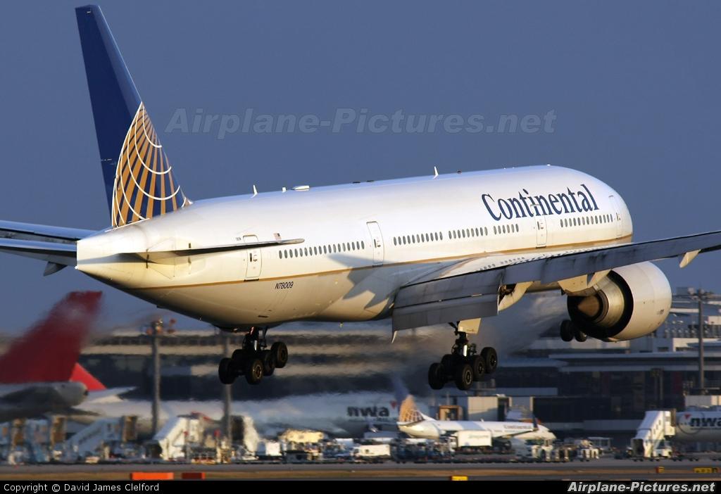 Continental Airlines N78009 aircraft at Tokyo - Narita Intl