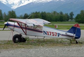 N1757P - Private Piper PA-18 Super Cub