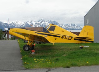 N32LF - Private Rockwell S-2R-800