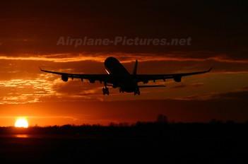 - - SAS - Scandinavian Airlines Airbus A340-300