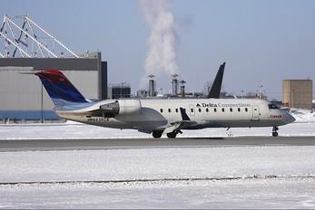 N436CA - Delta Connection - Comair Canadair CL-600 CRJ-200