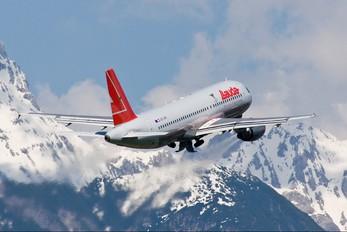 OE-LBR - Lauda Air Airbus A320