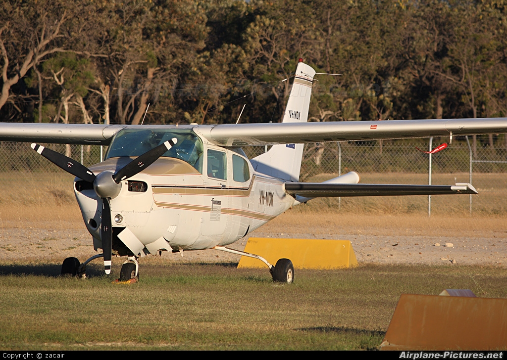 Private VH-MOK aircraft at Jandakot, WA